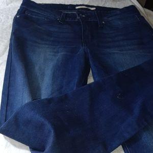 Levi Strauss 711 Skinny Jeans